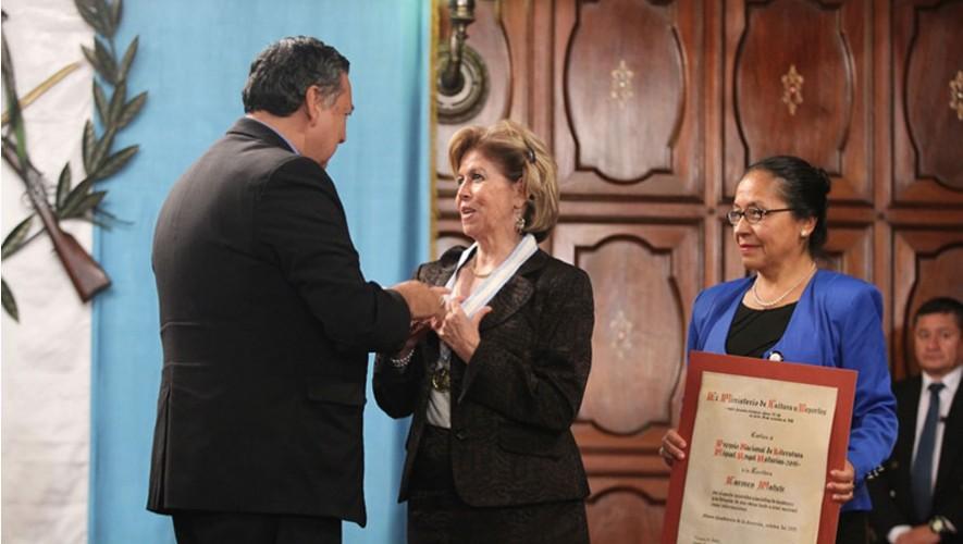 Camen Matute recibe Premio Nacional de Literatura 2015