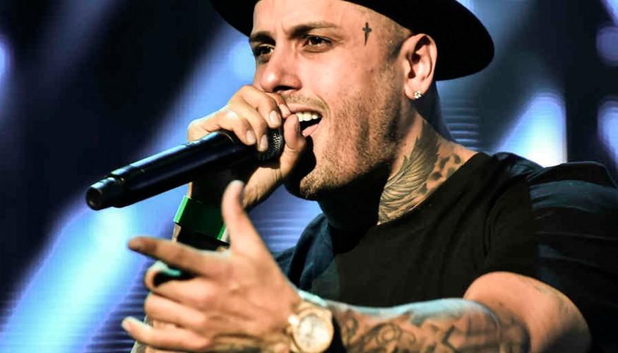 El reggaetonero Nicky Jam alcanzó la posición número uno en la lista de los Billboard Latinos.