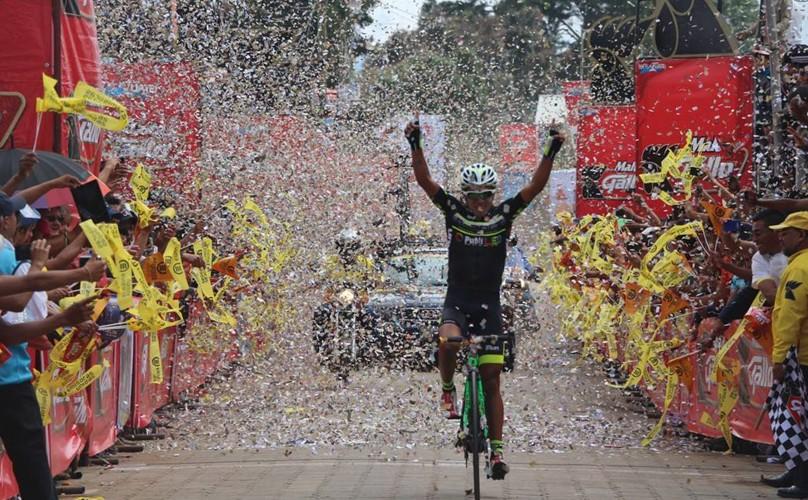 Nervin Jiatz ganó la cuarta jornada de la Vuelta a Guatemala. (Foto: Facebook Federación Guatemalteca de Ciclismo)