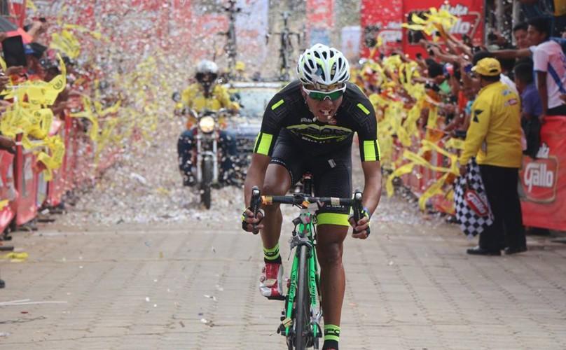 Ciclista guatemalteco Nervin Jiatz