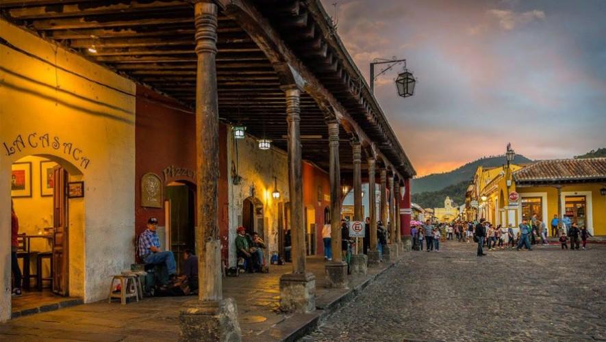 El artículo de la revista invita a hacer un recorrido por Antigua Guatemala. (Foto: Facebook Perhaps you need a little Guatemala)