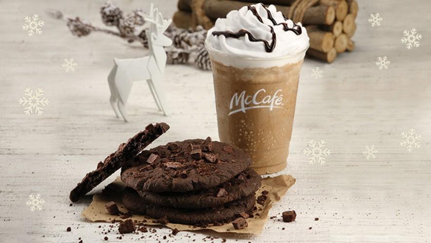 Prueba los nuevos sabores de McCafé, la galleta Chocolate Chunk y un Mocha Deluxe. (Foto: McDonald's Guatemala)
