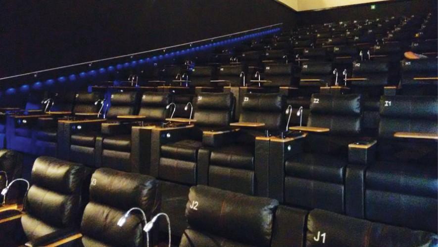 Las salas Cinema Bistro cuentan con todo lo necesario para la comodidad de los clientes. (Foto: Facebook Alba Cinema)
