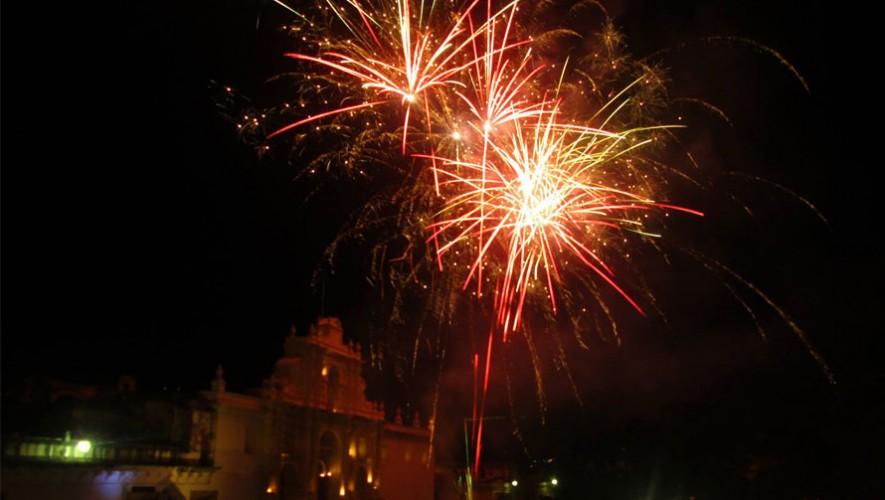 La Plaza Central de Antigua Guatemala se iluminará el próximo 05 de diciembre. (Foto: Facebook Municipalidad de Antigua Guatemala)