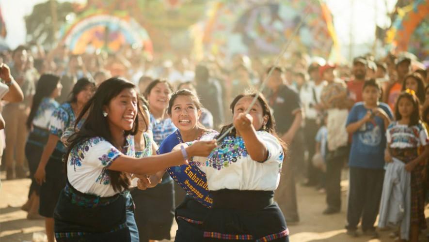 Guatemala ha demostrado ser uno de los países más solidarios del mundo. (Foto: Facebook Perhaps you need a little Guatemala/Mario Ventura)
