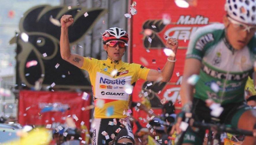 El costarricense Román Villalobos fue el campeón de la 55 Vuelta Ciclística a Guatemala 2015. (Foto: Facebook Comité Olímpico Guatemalteco)