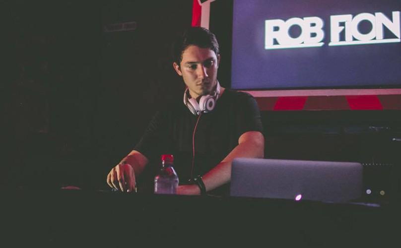 Rob Fion
