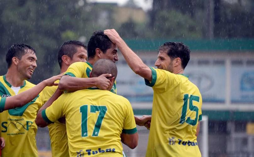 Partido Petapa vs. Mictlán por el Torneo Apertura | Noviembre 2015