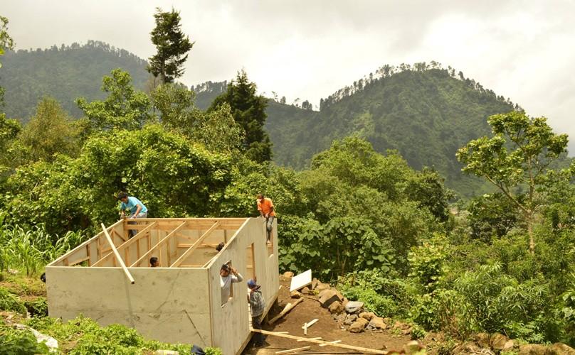 Construcciones de fin de año - Techo Guatemala | Diciembre 2015