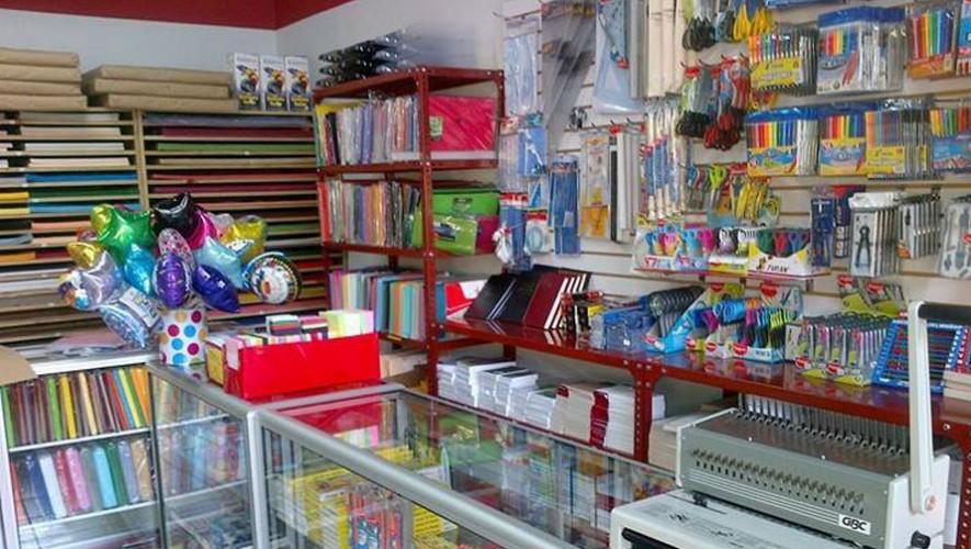 Librer a elgin lugares para comprar tiles escolares en - Librerias de pared ...