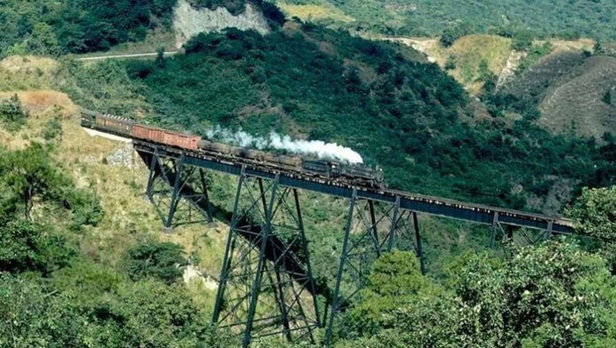 Mira cómo ha cambiado Guatemala a través del tiempo. (Foto: Ferrocarril 1970/Pinterest)