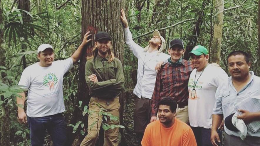 James Valentine y Jesse Carmichael visitaron los bosques de Petén. (Foto: Facebook Reverb)