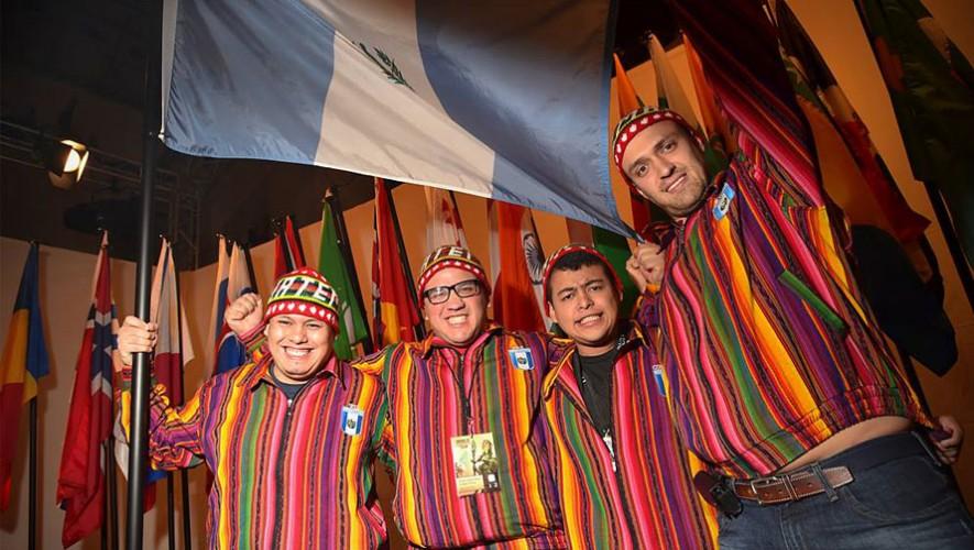 El equipo guatemalteco de Magic:The Gathering logró el puesto 6 en el Torneo Mundial 2015. (Foto: Facebook Magic: The Gathering)
