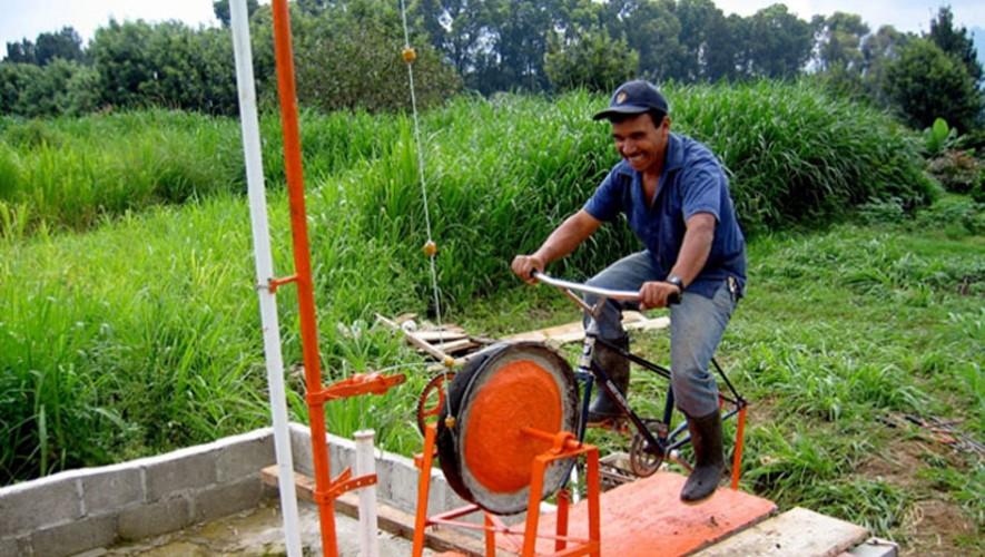 La organización Maya Pedal creó las bicimáquinas, herramienta utilizada por artesanos en áreas rurales. (Foto: Maya Pedal)