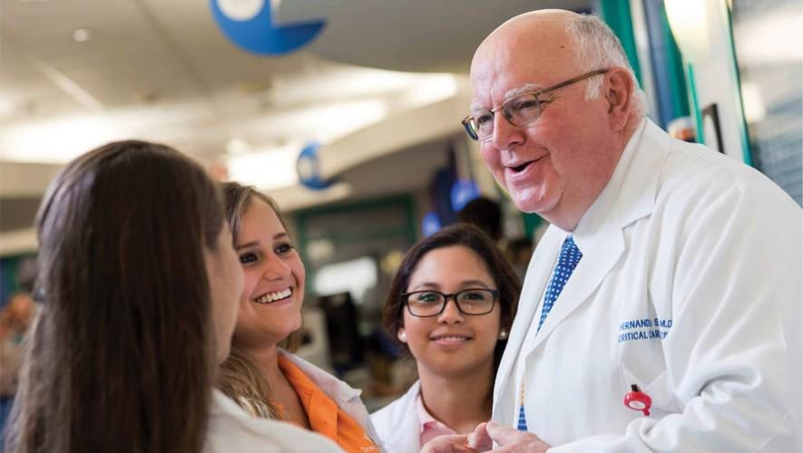 El Dr. Fernando Stein fue electo como presidente de la Academia Americana de Pediatría en Estados Unidos. (Foto: Facebook Sociedad Colombiana de Pediatría)