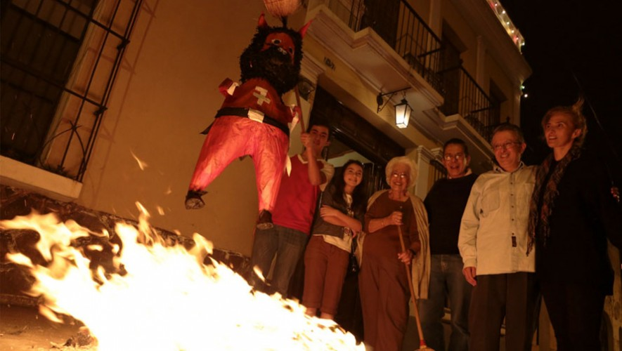 La Quema del Diablo se realiza en Guatemala todos los 7 de diciembre. (Foto: Flickr Fernando Delgado)