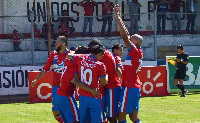 Partido de ida Xelajú vs. Guastatoya en semifinales del Torneo Apertura | Diciembre 2015