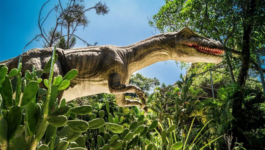 Uno de los 28 dinosaurios exhibidos en Dino Park. (Foto: Azucena Muñoz)