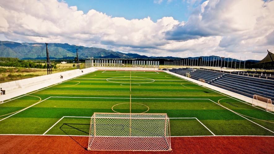 El campo es la casa oficial de fútbol americano y rugby en Guatemala. (Foto: Gatorade Arena)