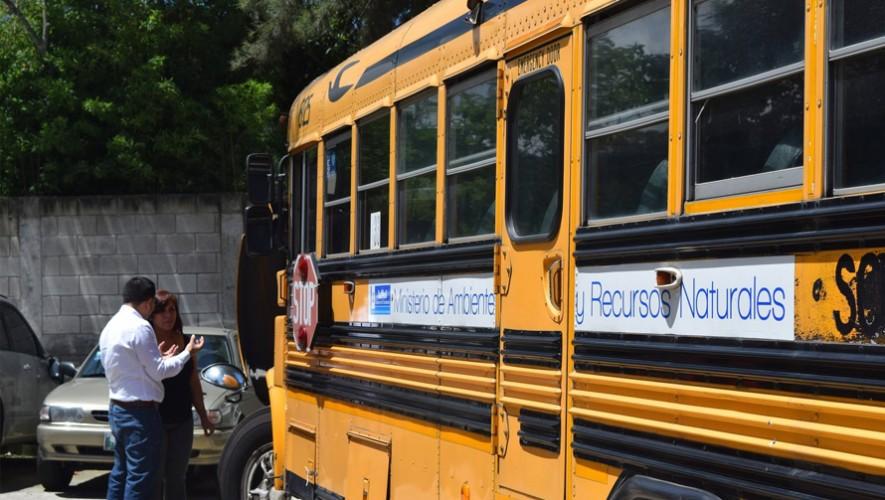 El Ministerio de Ambiente y Recursos Naturales donó un bus para el proyecto. (Foto: Facebook Instituto de Recursos Energéticos)