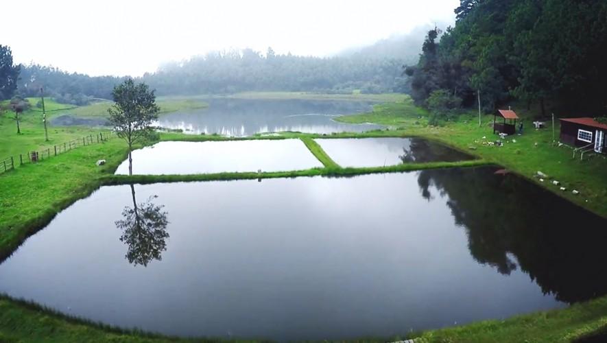 La Laguna Chichoy en Tecpán, Chimaltenango, permite pescar durante los fines de semana. (Foto: YouTube Fresco)