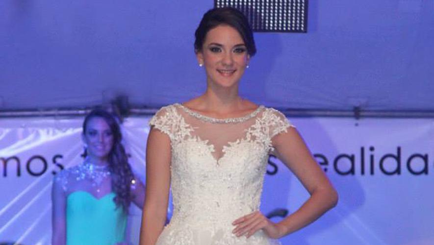 Show de vestidos de novia, organizado por Portal de Bodas Guatemala | Enero 2016