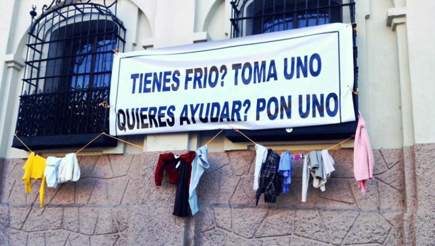 El movimiento se extendió hasta la zona 1 capitalina. (Foto: Dorian Guzmán)