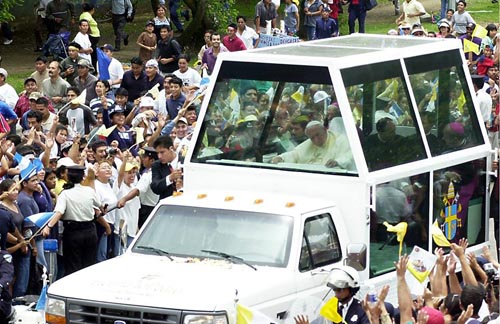 La última visita de Juan Pablo II a Guatemala. (Foto: Álvaro Castaneda)