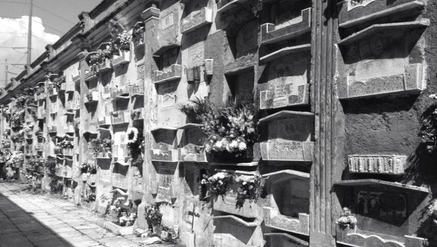 Necrotour es un recorrido por los cementerios o camposantos con el objetivo de obtener información histórica y cultural. (Foto: Stephanie Tress)