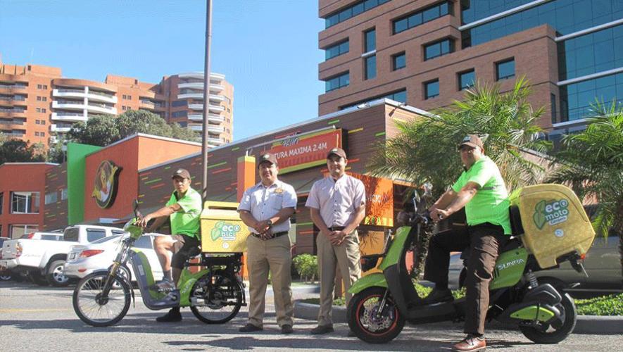 """Pollo Campero implementó la medida de """"eco delivery"""" para sus entregas a domicilio. (Foto: Zona Verde GT)"""