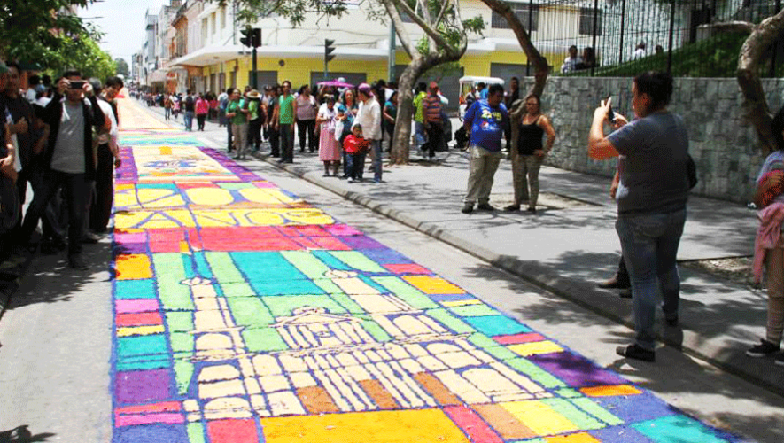 Guatemala intentará romper su propio récord elaborando la alfombra más larga del mundo. (Foto: Municipalidad de Guatemala)