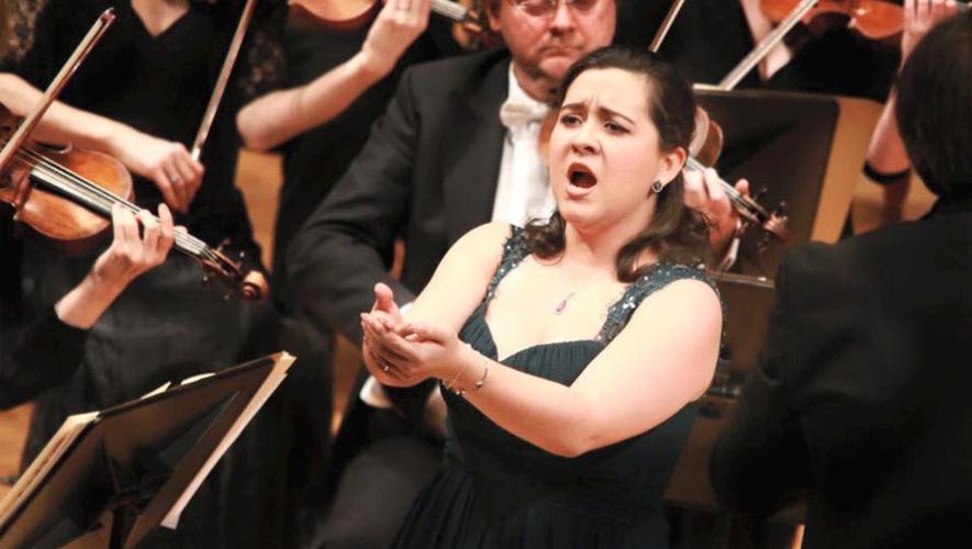 La soprano guatemalteca durante la ronda final de la Competencia Internacional de Canto Veronica Dunne. (Foto: Frances Marshall Photography)