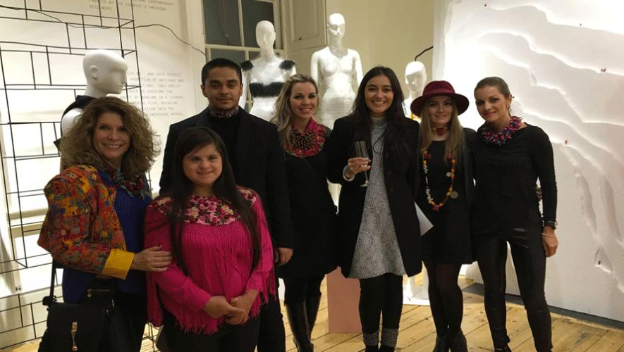 Los diseñadores guatemaltecos ya se encuentran en Londres preparando la presentación de sus diseños. (Foto: Andrea Villacorta)