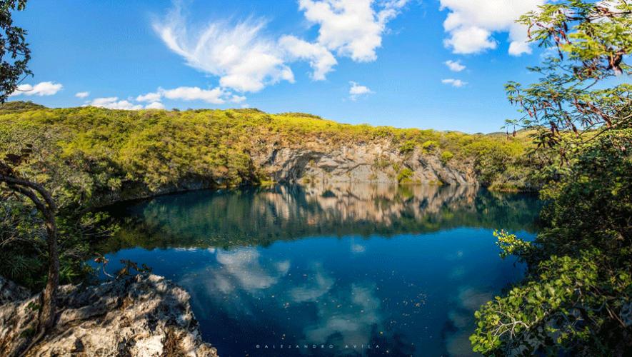 La claridad del agua permite que el cielo se vea reflejado. (Foto: Alejandro Avila Torres)