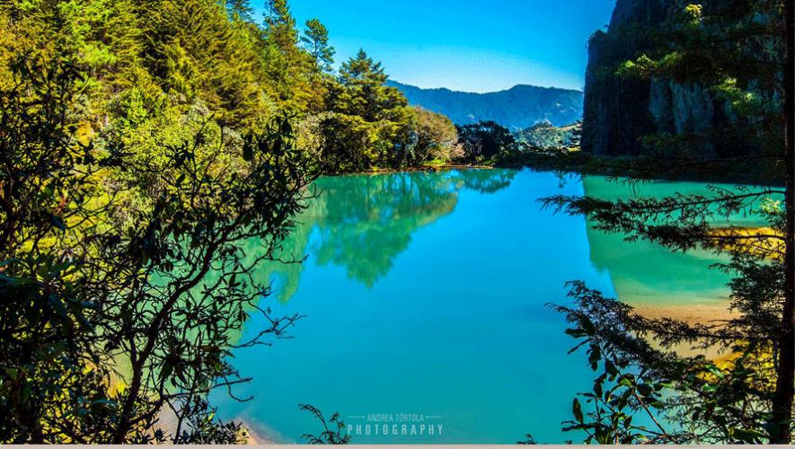 La Laguna Magdalena en Huehuetenango es reconocida por sus aguas en tonalidades verdes y azules. (Foto: Andrea Tórtola)