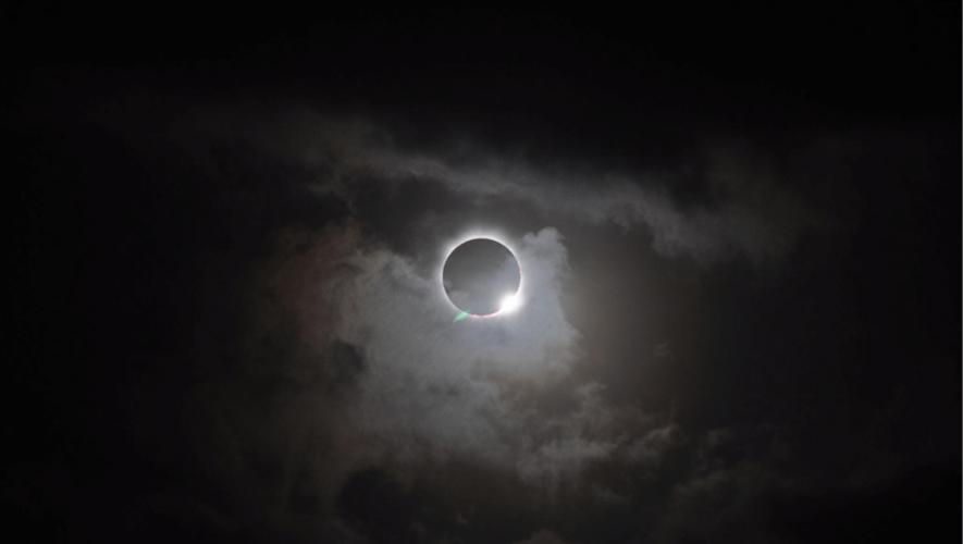 El eclipse total solar y la superluna serán visibles en Guatemala únicamente en línea. (Foto: NASA)