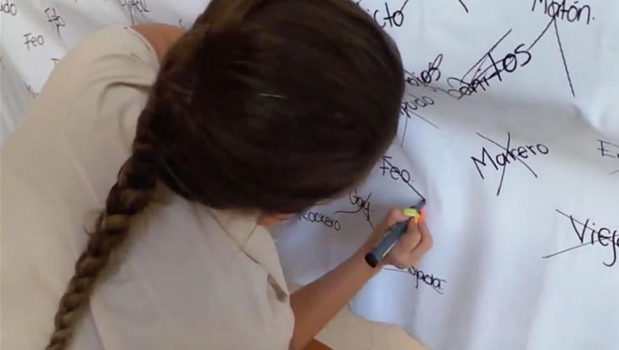 Los estudiantes del Colegio Ciencias Comerciales El Progreso realizaron un experimento social que busca eliminar los prejuicios. (Foto: YouTube)
