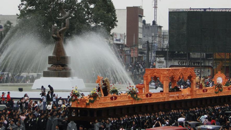 Cristo Yacente del Calvario o Cristo de los pobres es el anda procesional más grande del mundo. (Foto: Manuel Saraccini)