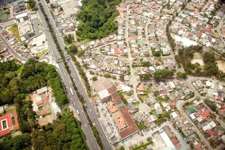 Imagen aérea de la colonia Molino de las Flores. (Foto: Polaris)
