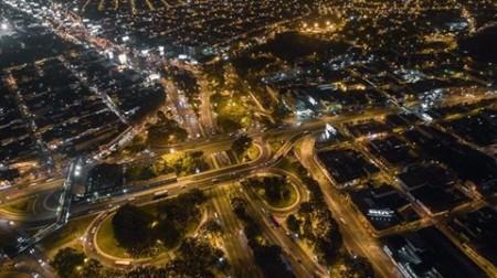 Vista nocturna de El Trébol. (Foto: Mundo Chapin)