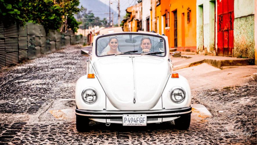 Su trabajo capturando los mejores momentos de las bodas lo llevó a recibir tan importante invitación. (Foto: Carlos López Foto Espacio)