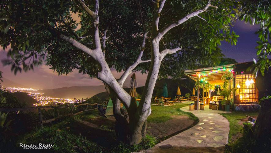 Earth Lodge está ubicado dentro de una finca de aguacate en los alrededores de Antigua Guatemala.  (Foto: Renan Reyes Photography)