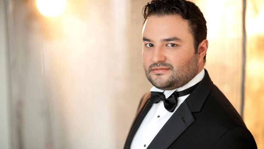El tenor guatemalteco Mario Chang debutó con el papel de Nemorino en el MET de Nueva York. (Foto: Dario Acosta)