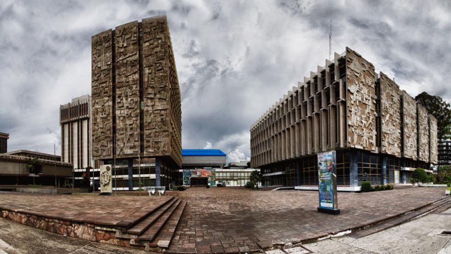 Los edificios del Crédito Hipotecario Nacional y del Banco de Guatemala cuentan con la influencia modernista de Carlos Haeussler. (Foto: Flickr Marito P)