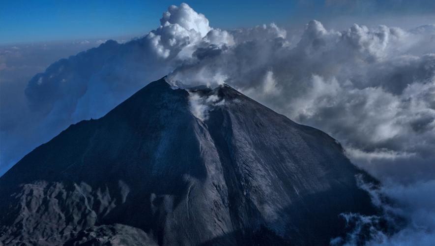 """El Volcán de Pacaya es lo que le da el """"nuevo sabor"""" al Angriest Whopper. (Foto: Waseem Syed Fine Art Photography)"""
