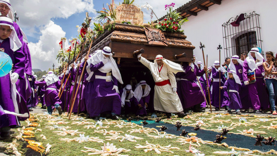Ahora puedes ver Semana Santa de una manera diferente gracias a un video 360°. (Foto: El Tortugo / Perhaps you need a little Guatemala)