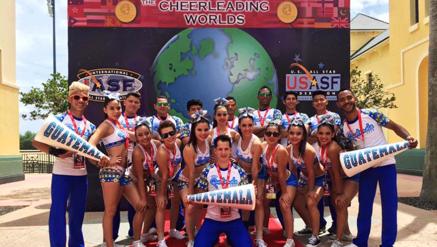 El equipo guatemalteco de cheerleaders Pegasos All Stars viajó al Campeonato Mundial de Cheerleading & Dance en Orlando. (Foto: Facebook Pegasos All Stars)