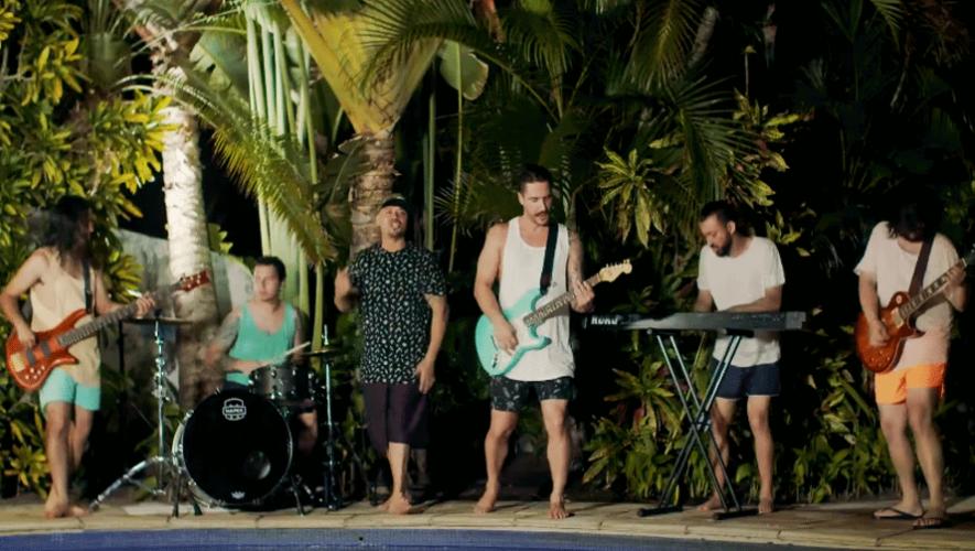 """Primmo lanza su nuevo videoclip y sencillo llamado """"Como va la pary?"""". (Foto: YouTube)"""