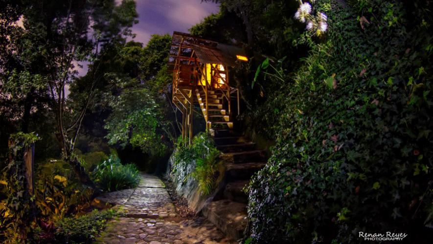 Como pequeñas casas de árbol describe BuzzFeed a Earth Lodge en Guatemala. (Foto: Renan Reyes Photography)