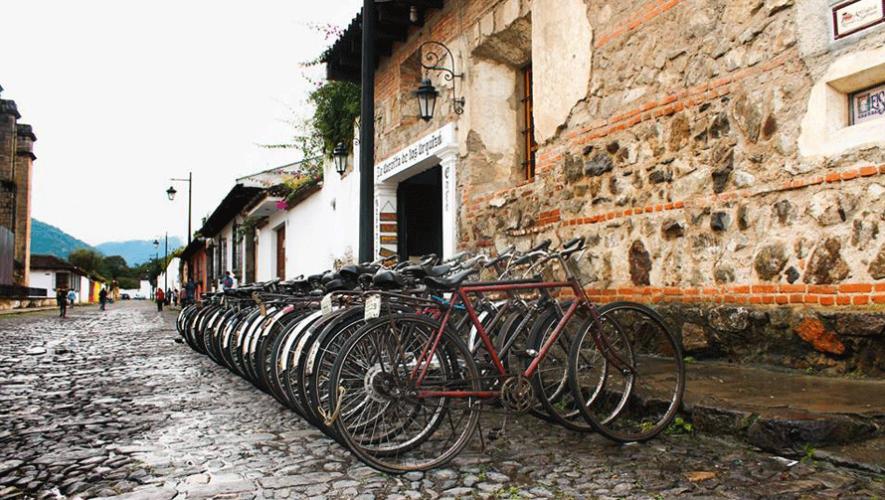 El día sin carro permitirá a los guatemaltecos realizar otras actividades como pasear en bicicleta. (Foto: Alvaro Sermeño)